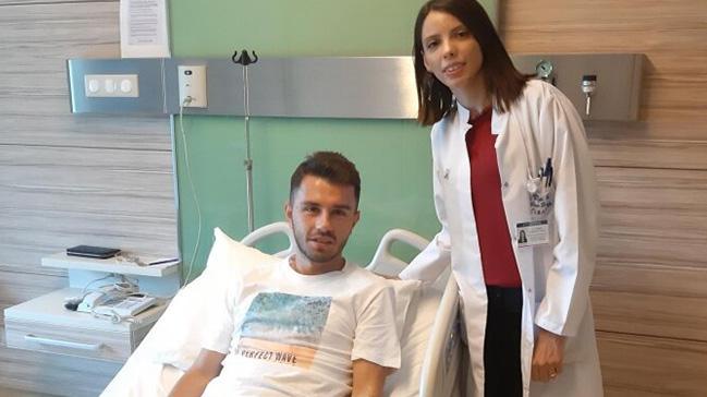 Sivasspor'un başarılı oyuncusu Emre Kılınç ameliyat edildi