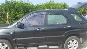 Otomobiliyle seyir halindeyken silahlı saldırıya uğradı