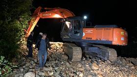 Düzce'de sağanak sonrası su baskını ve toprak kayması yaşandı