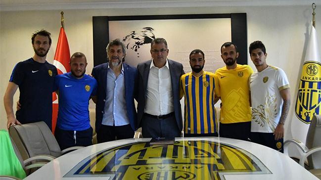 MKE Ankaragücü 5 oyuncuyla sözleşme yeniledi