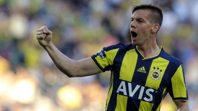 Sampdoria, Fenerbahçe'den ayrılmasına kesin gözle bakılan Miha Zajc için girişimlere başladı