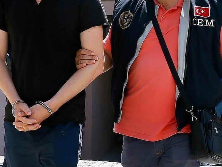 3 yıldır aranıyordu... İzmir'de yakalandı