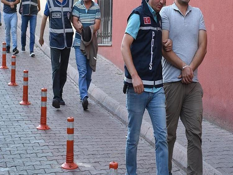 Başkent polisinden kaçak içki operasyonu: 16 gözaltı