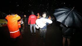 Düzce'de sağanak sonrası heyelan! 10 kişi böyle kurtarıldı
