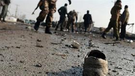 Afganistan'da emniyet müdürlüğüne bomba yüklü araçla saldırı düzenlendi