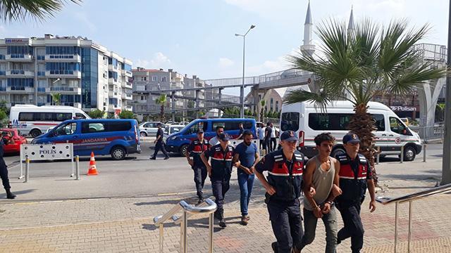İzmir'deki terör operasyonunda 5 kişi tutuklandı