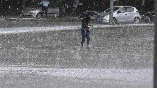 Meteorolojiden 11 il için sağanak uyarısı
