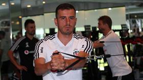 Oğuzhan Özyakup alacakları sebebiyle Beşiktaş'a ihtarname çekti