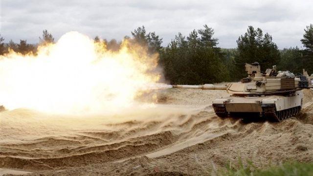 Sovyet ve ABD tankları, Polonya'daki tatbikatta savaştı