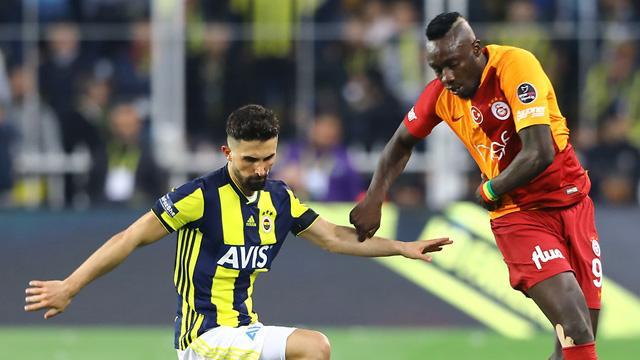 Süper Lig'de derbi heyecanı 3 şehirde yaşanacak