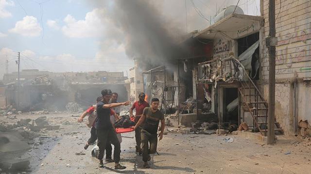 Rusya İdlib'de katil Esed güçlerine kara gücüyle de destek veriyor
