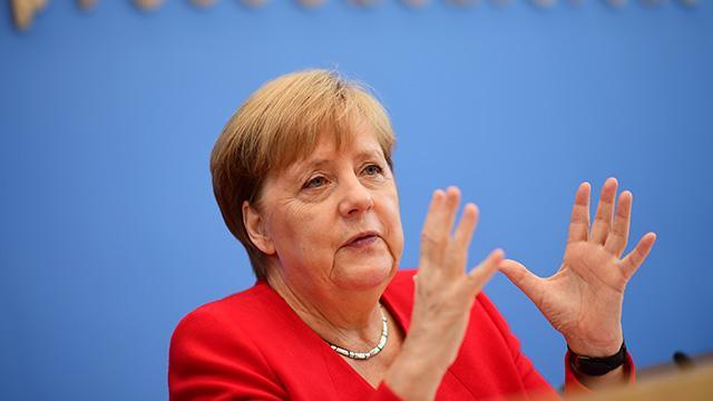 Almanya Başbakanı Merkel'den sağlık durumuyla ilgili açıklama! Son noktayı koydu