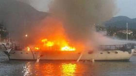 Teknede çıkan yangın korku dolu anlar yaşattı!