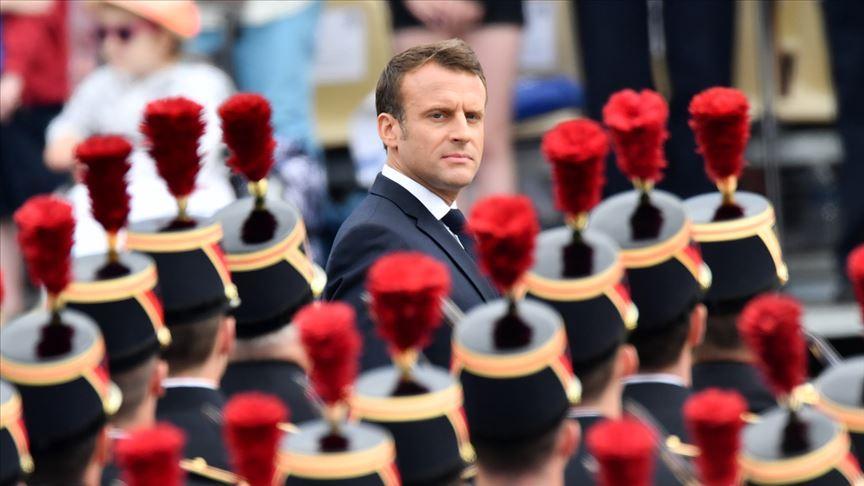 Macron 2 yılda 15 bakan kaybetti