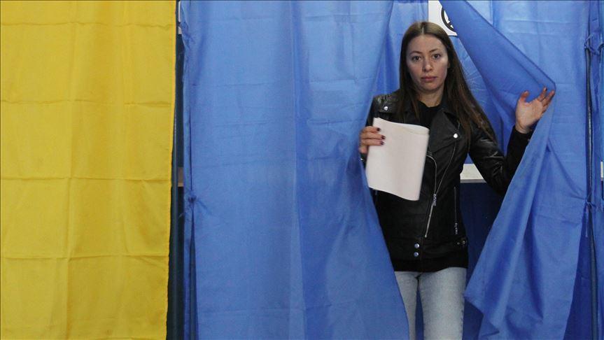 Ukrayna sandık başına gidiyor
