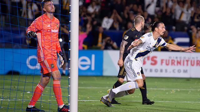 Derbi maçında Ibrahimovic fırtınası! hat-trick yaptı