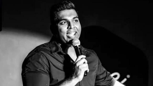 Hindistanlı ünlü komedyen sahnede öldü, izleyiciler şovun parçası sandı