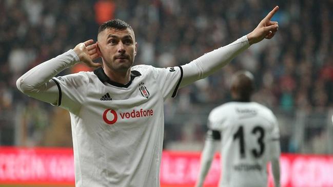 Beşiktaş yönetimi Burak Yılmaz'ı bırakmama kararı aldı