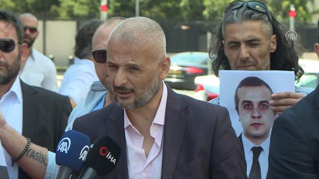 Şehit edilen Türk diplomat Osman Köse için ABD'nin Ankara Büyükelçiliği önünde protesto