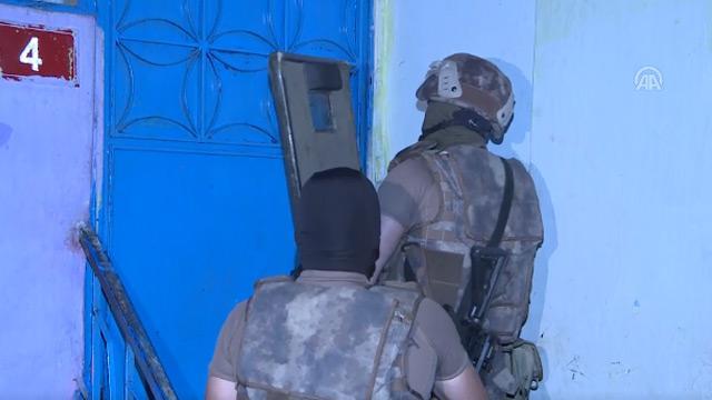 PÖH ve Narkotik ekiplerinden İstanbul'da uyuşturucu operasyonu