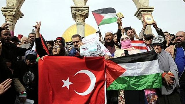 İsrail'i ziyaret eden Arap gazetecilere tepki yağıyor