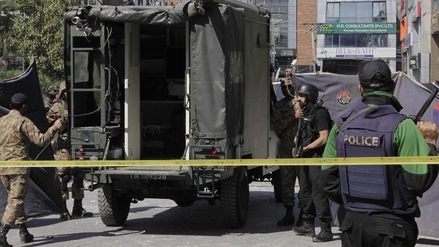 Pakistan'da pazar yerinde patlama: 2 ölü, 29 yaralı