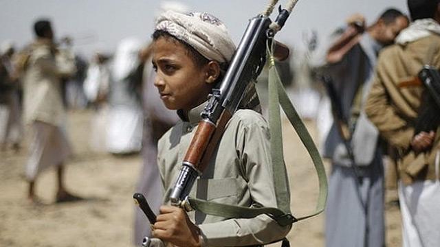 Yemen hükümeti UNICEF'i, Husilerin çocukları savaşmak için eğittiği yaz kampını finanse etmekle suçladı
