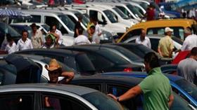İşte İzmir araba pazarından en güncel ikinci el fiyatları