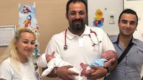 700 gramlık ikizler yaşam mücadelesini kazandı