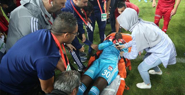 Sivasspor-Beşiktaş maçında korku dolu anlar yaşandı