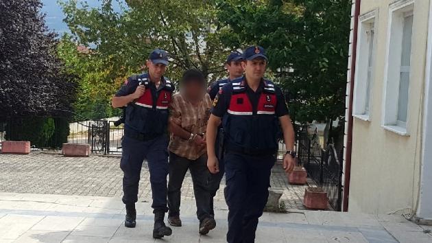 6 yıl hapis cezasıyla aranan zanlı Sakarya'da sahte kimlikle yakalandı
