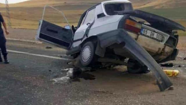 Ağrı'da yürek burkan kaza: Damatlık almak için yola çıkan kardeşler hayatını kaybetti