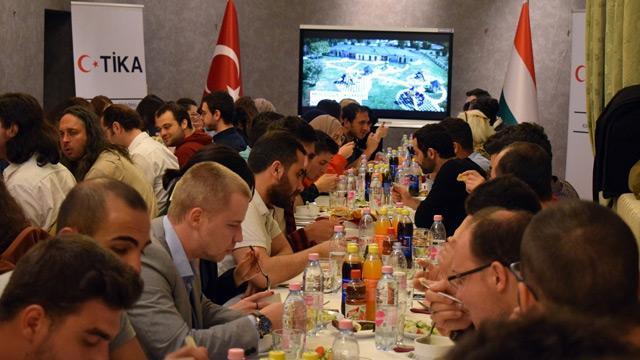 TİKA gönüllüleri Macaristan'da