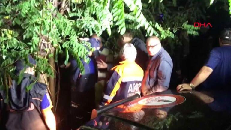 Bartın'da bir araç baraja uçtu: 5 kişiden 4'ü kayıp