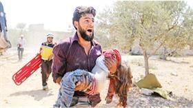Dünya İdlib'deki katliama sessiz