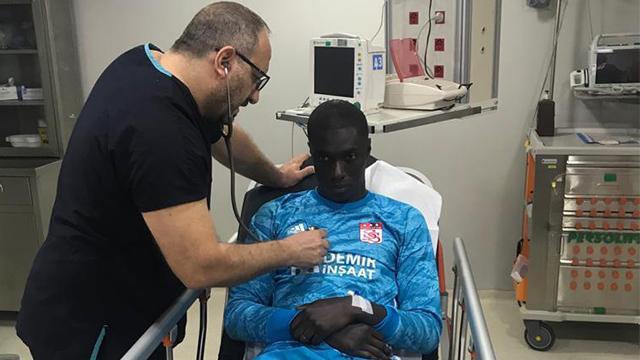 Sivasspor'un doktoru: Samassa'da hayati tehlike oluşturacak bir durum tespit edilmedi
