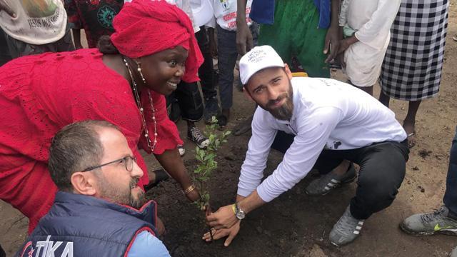 TİKA gönüllüleri Senegal'in Roff köyünü ziyaret etti