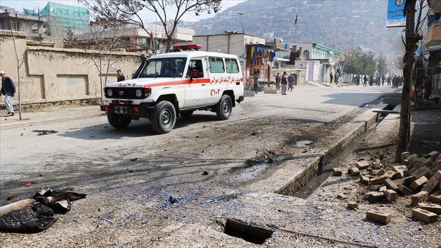 Afganistan'da bombalı saldırı: 12 ölü