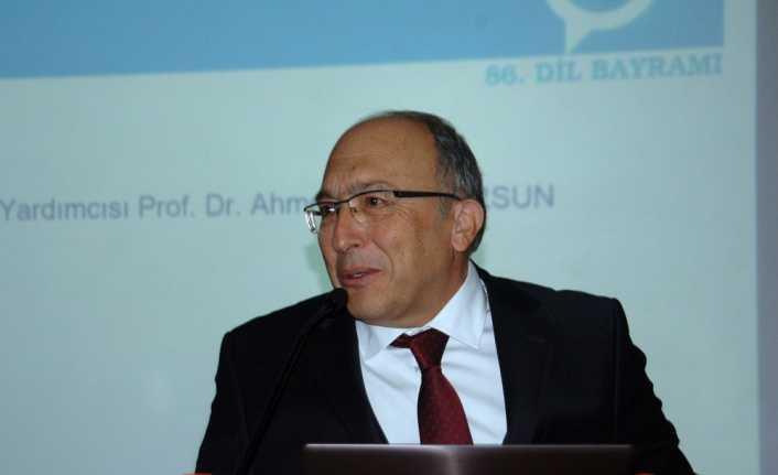Kültür Bakan Yardımcısı Haluk Dursun Van'da geçirdiği trafik kazasında hayatını kaybetti