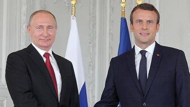 Fransa Cumhurbaşkanı Macron, Rusya Devlet Başkanı Putin ile görüştü