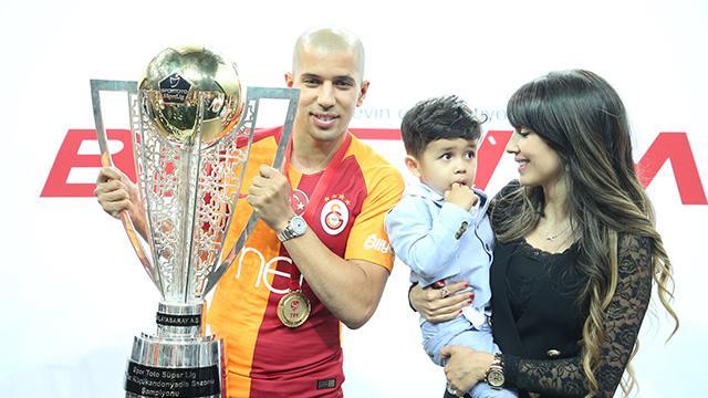 Yılın futbolcusu Feghouli