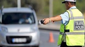 Sahte şoför oyununu polis bozdu