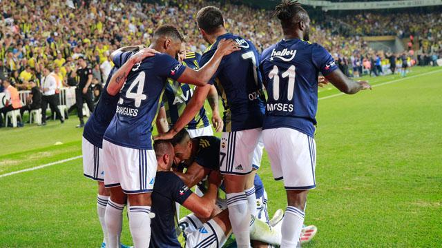 Fenerbahçe'nin açılışlarda bileği bükülmüyor