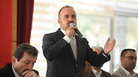 AK Parti'li Turan'dan 'Belediyelere kayyım atanıyor, ilk tepki CHP'den geliyor' açıklaması