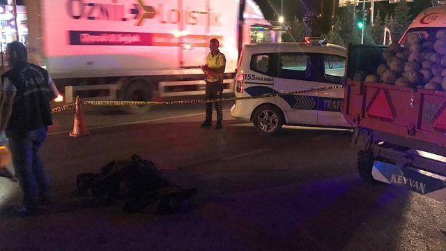 Çorum'da takla atan otomobildeki 1 bebek ile çocuk öldü, 3 kişi yaralandı