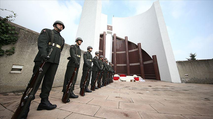 Celal Bayar'ın vefatının 33. yılında mezarı başında anıldı