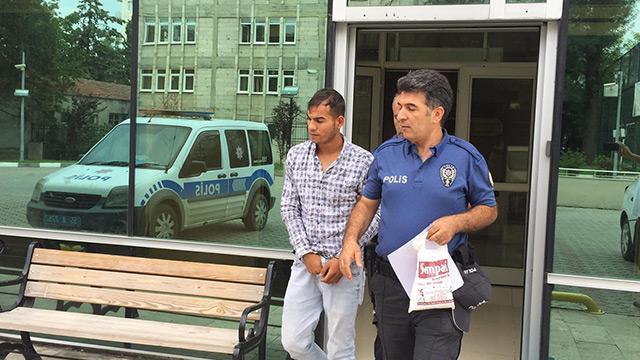 Camiden hırsızlık yaptığı iddia edilen kişi tutuklandı