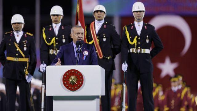 Başkan Erdoğan: Şehit yavrularımızın ailelerini kapı önüne koyanları kapı önüne koyarız