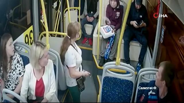 Sarhoş yolcu kadınlara ateş açtı