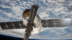 ESA ve SpaceX uyduları çarpışmanın eşiğinden döndü